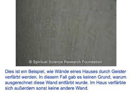Böse Geister im Haus erkennen - Wand entfärbt ohne physikalischen Grund
