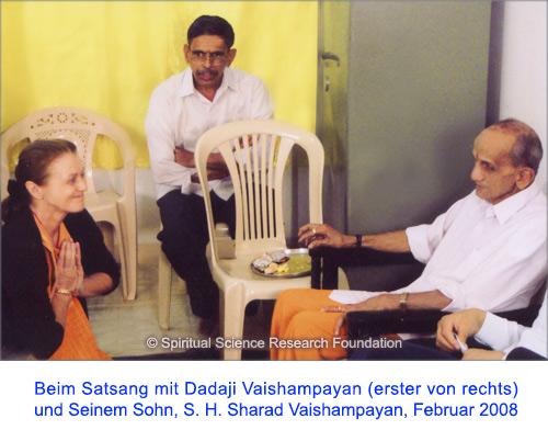 6-ger-p-lola-with-pp-dadaji-maharaj