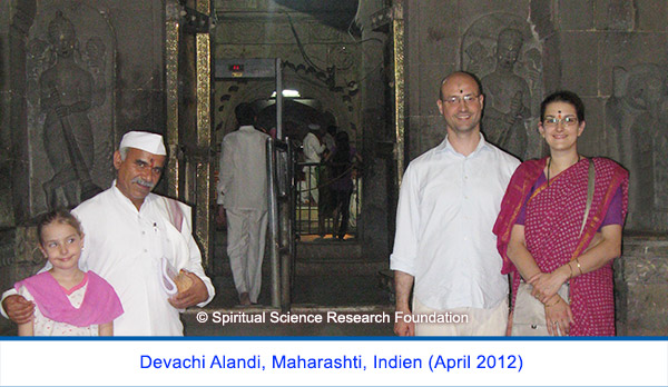 Der spirituelle Weg Seiner Heiligkeit Cyriaque Vallees - Indien April 2012, Maharashti