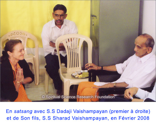 5-FREN-p-lola-with-pp-dadaji-maharaj