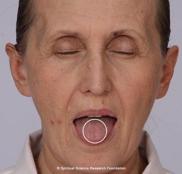 Marija Om sign on tongue