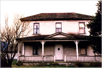 Where-do-ghosts-exist-haunted-house