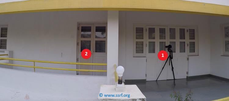 Perché alcune finestre riflettono maggiormente la luce?