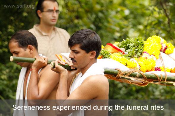 Honap-kakus-funeral-rites1