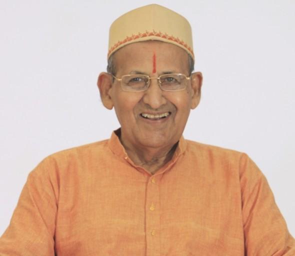 PP-Pande-Maharaj-paan-2-sathi-rangit--590x512