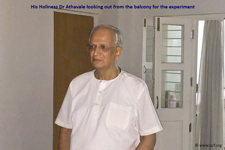 hh-dr-athavale-in-experiment