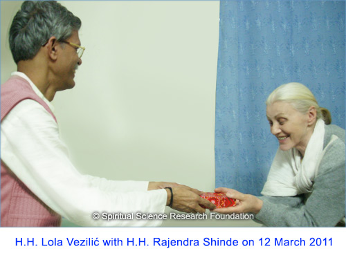 H.H.-Lola-Vezilic-with-H.H.-Rajendra-Shinde-on-12-March-2011